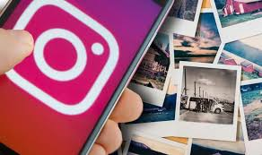 How do you add multiple pictures to Instagram story 4